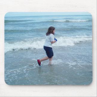 Tapis De Souris Patty courant sur la plage