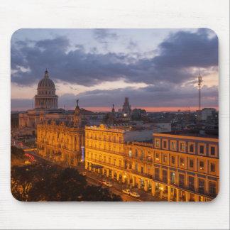 Tapis De Souris Paysage urbain au coucher du soleil, La Havane,