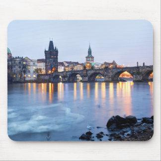 Tapis De Souris Photo crépusculaire de souvenir de vue de rivière