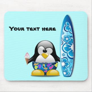 Tapis De Souris Pingouin de surfer avec la crème glacée