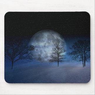Tapis De Souris Pleine lune parmi les cimes d'arbre