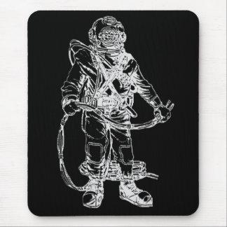 Tapis De Souris Plongeur de MKV dans le noir