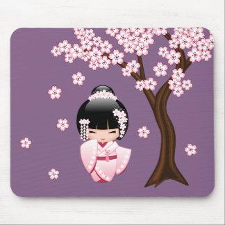 Tapis De Souris Poupée blanche de Kokeshi de kimono - fille de