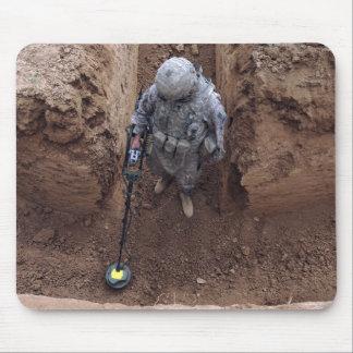 Tapis De Souris Recherches de spécialiste d'une cachette d'armes