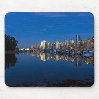 Tapis De Souris Réflexion bleue d'heure de Vancouver AVANT JÉSUS