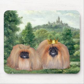 Tapis De Souris Roi et reine de Pekingese avec le château rêveur