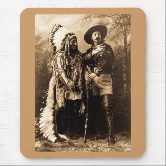 Tapis De Souris Séance en chef Taureau et Buffalo Bill 1895