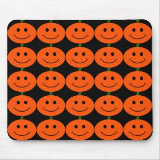 Tapis De Souris Smiley personnalisables de citrouille de Halloween