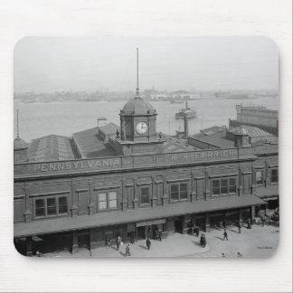 Tapis De Souris Terminal du ferry Phila de chemin de fer de la