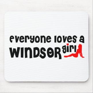 Tapis De Souris Tout le monde aime une fille de Windsor