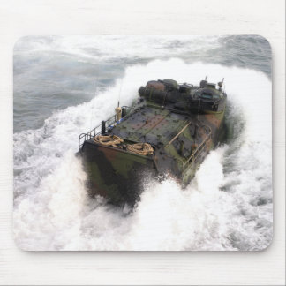 Tapis De Souris Un véhicule 2 d'assaut amphibie