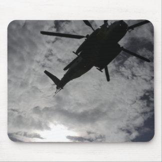 Tapis De Souris Vue d'angle faible d'un CH-53E