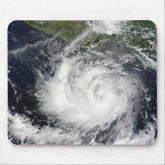 Tapis De Souris Vue satellite de tempête tropicale Darby