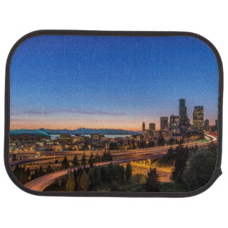 Tapis De Voiture L'autoroute I-5 et Seattle du centre au crépuscule