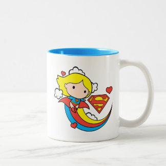 Tasse 2 Couleurs Arc-en-ciel de vol de Chibi Supergirl
