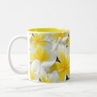 Tasse 2 Couleurs Bouquet jaune de Frangipani,