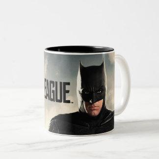 Tasse 2 Couleurs Ligue de justice | Batman sur le champ de bataille