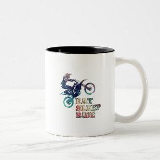 Tasse 2 Couleurs Mangez le vélo de saleté de tour de sommeil