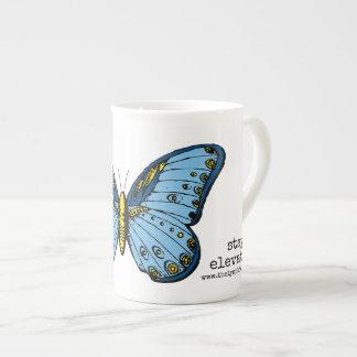 """Tasse bleue de papillon élevée """"par séjour"""""""