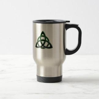 Tasse celtique de voyage de noeud