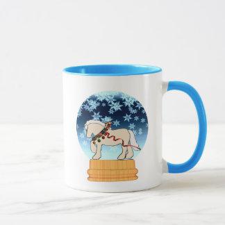 Tasse crème de Snowglobe d'hiver