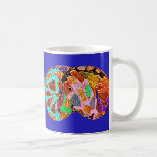 Tasse d art de bruit de python de sommeil bleue