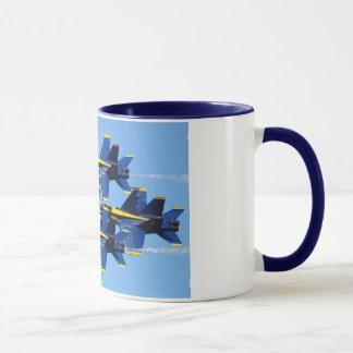 Tasse d'anges bleus