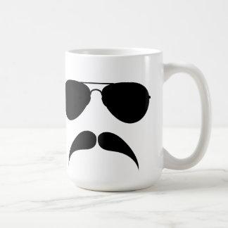 Tasse d'aviateur de moustache