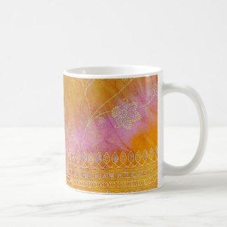 Tasse de café assez indienne d'abrégé sur textile