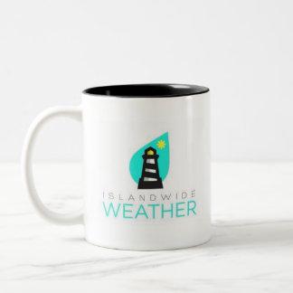 Tasse de café au niveau insulaire de temps