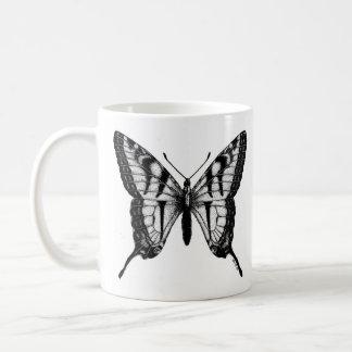 Tasse de café audacieuse de papillon de machaon