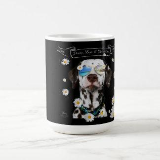 Tasse de café dalmatienne de chocolat d'amour de