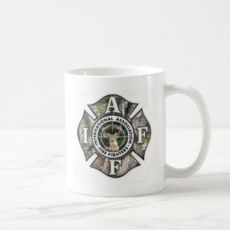 Tasse de café de cerfs communs d'IAFF