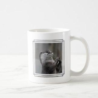 Tasse de café de cerveau de loutre