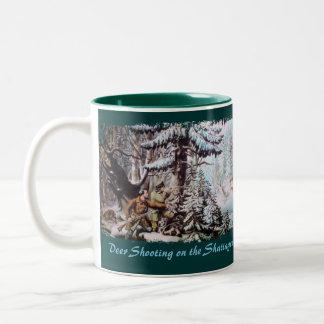 Tasse de café de chasse de cerfs communs