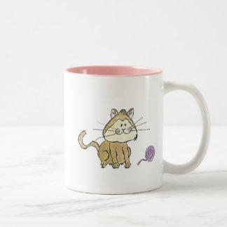 Tasse de café de chat et de fil