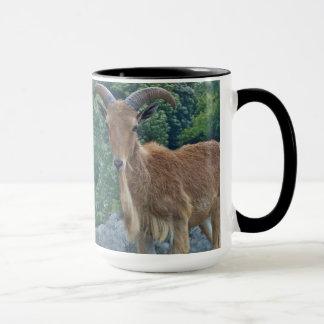 Tasse de café de chèvre de montagne
