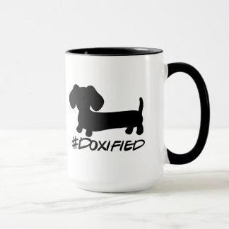Tasse de café de chien de saucisse