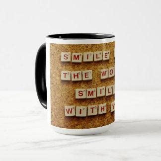 Tasse de café de citation de sourire