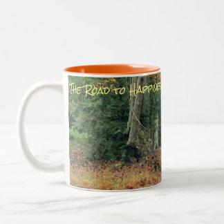 Tasse de café de forêt de chute