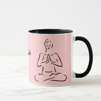 Tasse de café de pose de yoga