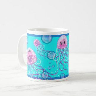 """Tasse de café de turquoise de """"méduses"""" par"""