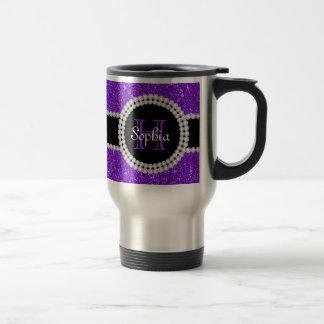 Tasse de café décorée d'un monogramme de voyage de