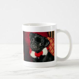 Tasse de café mignonne de carlin de Noël