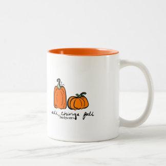 Tasse de café orange d'automne d'épice mignonne de