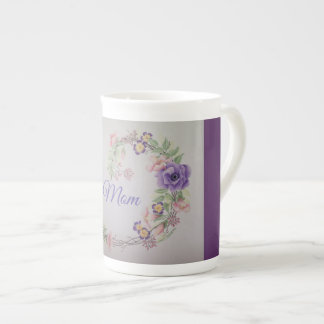 Tasse de café pourpre de maman