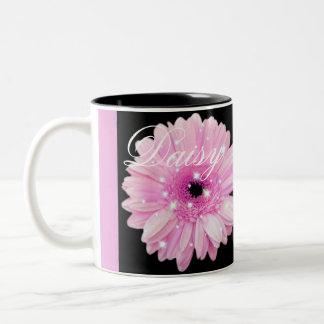 Tasse de café rose d'étincelle de marguerite