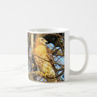 tasse de café Rouge-épaulée de faucon