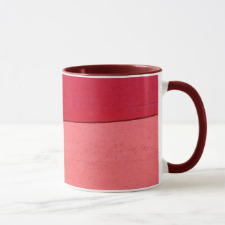 Tasse de café rouge et rose