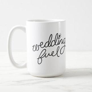 Tasse de carburant de mariage